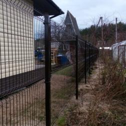 """Забор из сварной сетки """"Гиттер 3D"""" с двумя калитками"""