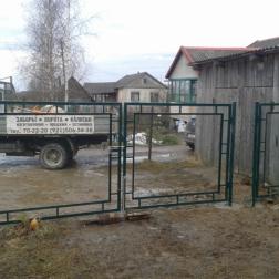Распашные садовые ворота