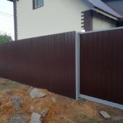Забор из Профлиста с откатными воротами и калиткой