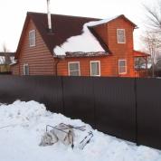 Забор из профлиста RAL8017 (коричневый)