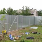 Забор из оцинкованного профлиста