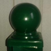 Металлические заглушки на столбы с шаром в порошковой окраске